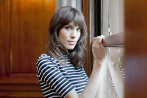 Alexa Chung Discovers the Correlation Between Social Media + Fashion Labels (Ep 6)
