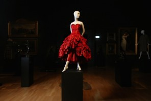 Melbourne's NGV Just Obtained The Wardrobe of Your (Haute-Couture) Dreams