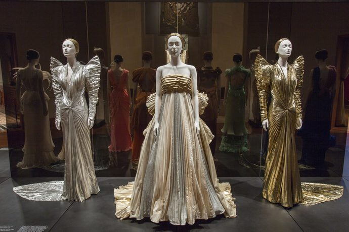Metropolitan Museum of Art Heavenly Bodies Fashion Catholic Imagination Exhibition_9
